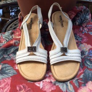 Minnetonka White Sandals